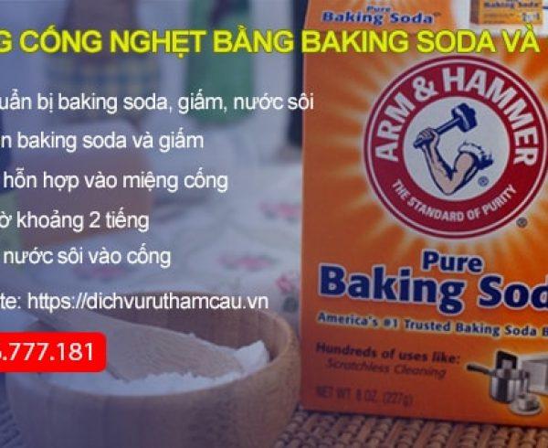Thông cống nghẹt bằng baking soda và giấm hiệu quả